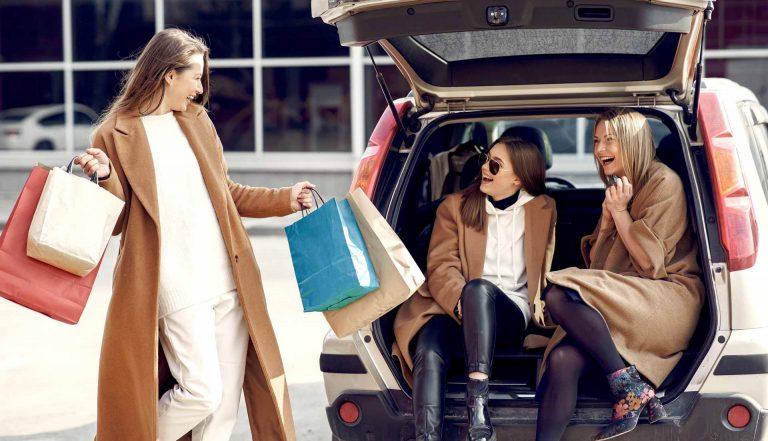 Auto für Pendler mit Koferraum für den Einkauf und weitere Mitfahrer